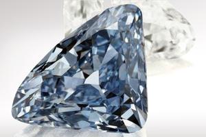 Αγόρασαν διαμάντι 200.000 ευρώ με πλαστά χαρτονομίσματα στη Θεσσαλονίκη